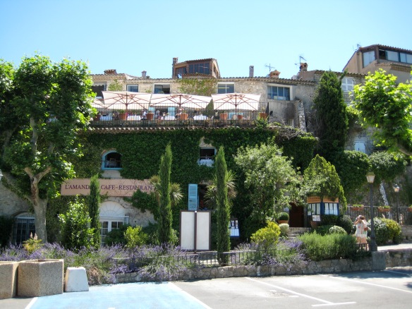 More of lovely Mougins