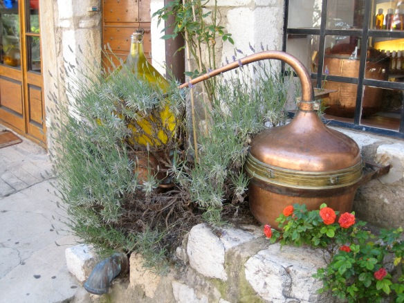 Perfume distillery in Gourdon
