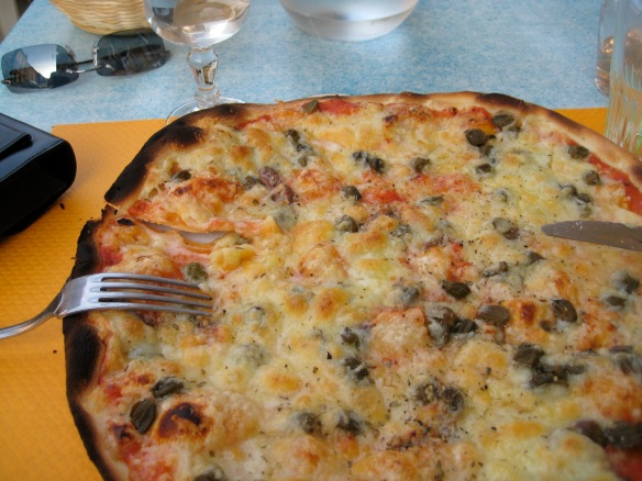 Yummy pizza abounds in the South of France