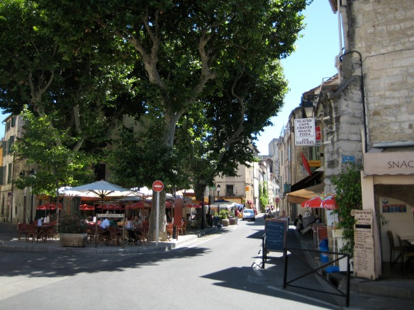 Entering the midieval portion of Arles